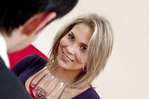 Erfolgreich flirten durch männliches selbstbewusstsein